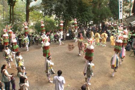 田山花踊り